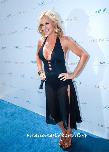 Jenny McCarthy at Azure Pool at The Palazzo