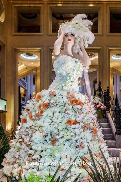 White Topiary Dress At The Palazzo Las Vegas