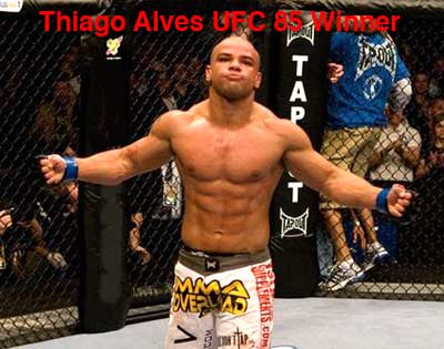 UFC 85 BEDLAM Matt Hughes Vs Thiago Alves Has Alves Winner By TKO ...